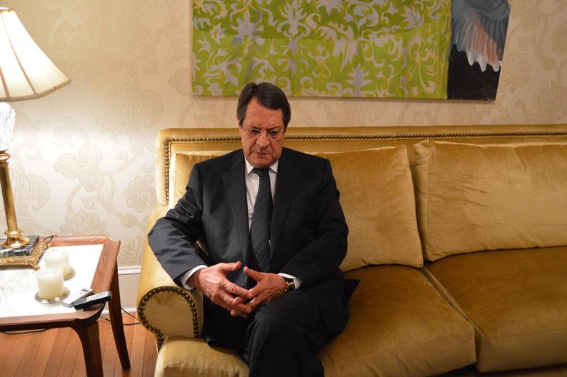Президент Кипра госпитализирован в Брюсселе
