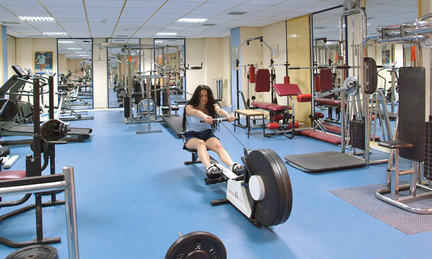 Фитнес-центр в отеле Navarria