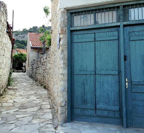 Деревня Килани