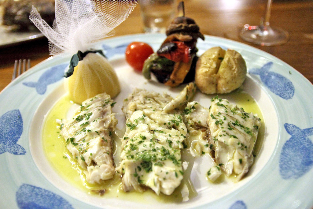 Рыба в ресторане Limanaki