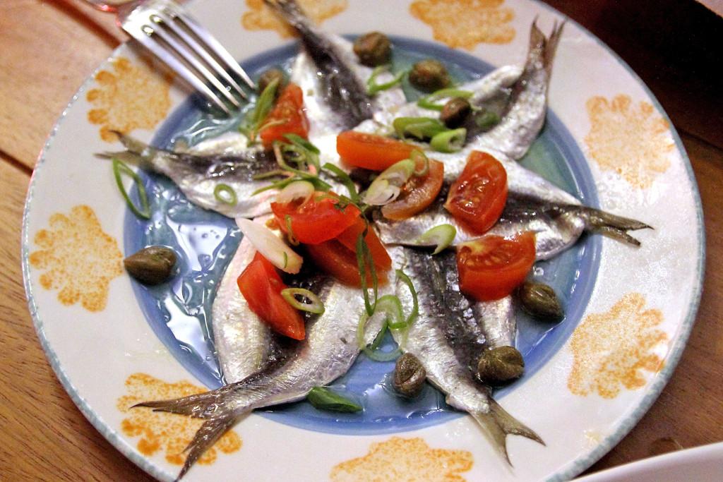 Сардины в ресторане Limanaki