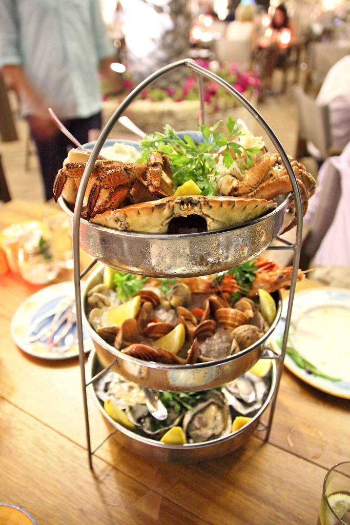 "the three-tiered ""tower» Fruit de Mer"
