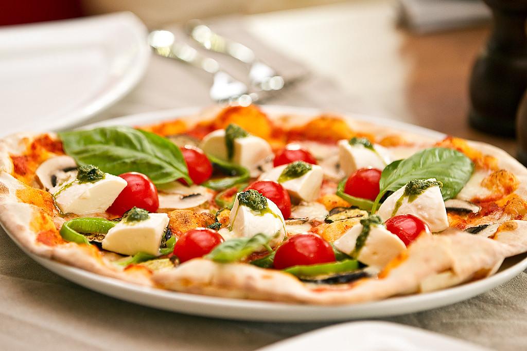 Пицца в The Garden