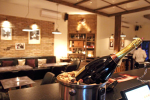 Bistro Boulevard & Wine Bar interior