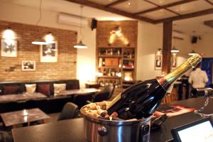 Bistro Boulevard & Wine Bar interior