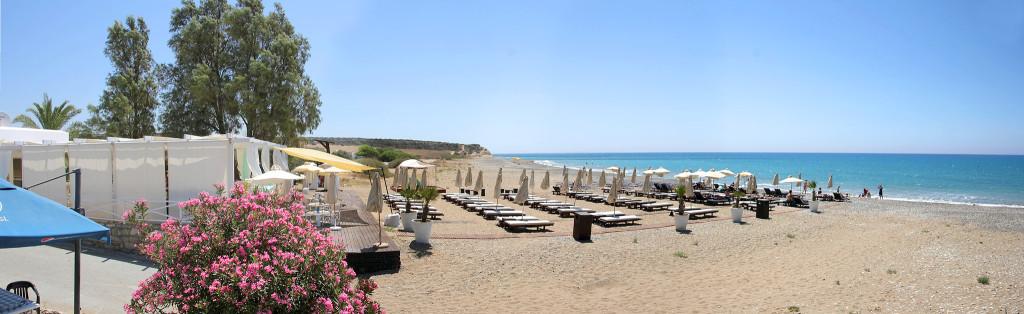 Пляж Авдиму