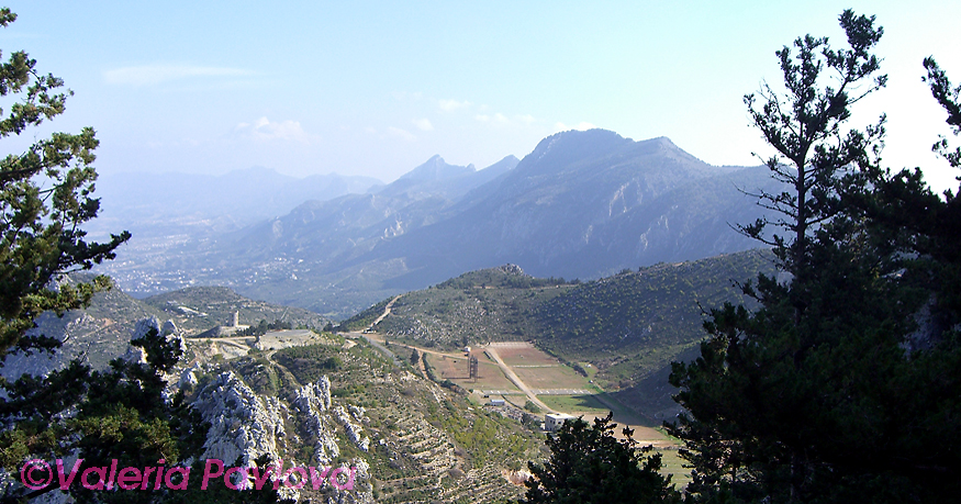 Kerinia mountain range