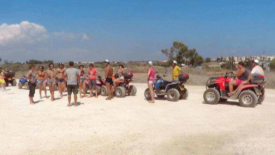 туристический транспорт на Кипре