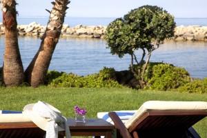 Amathus Beach Hotel - вид на пляж