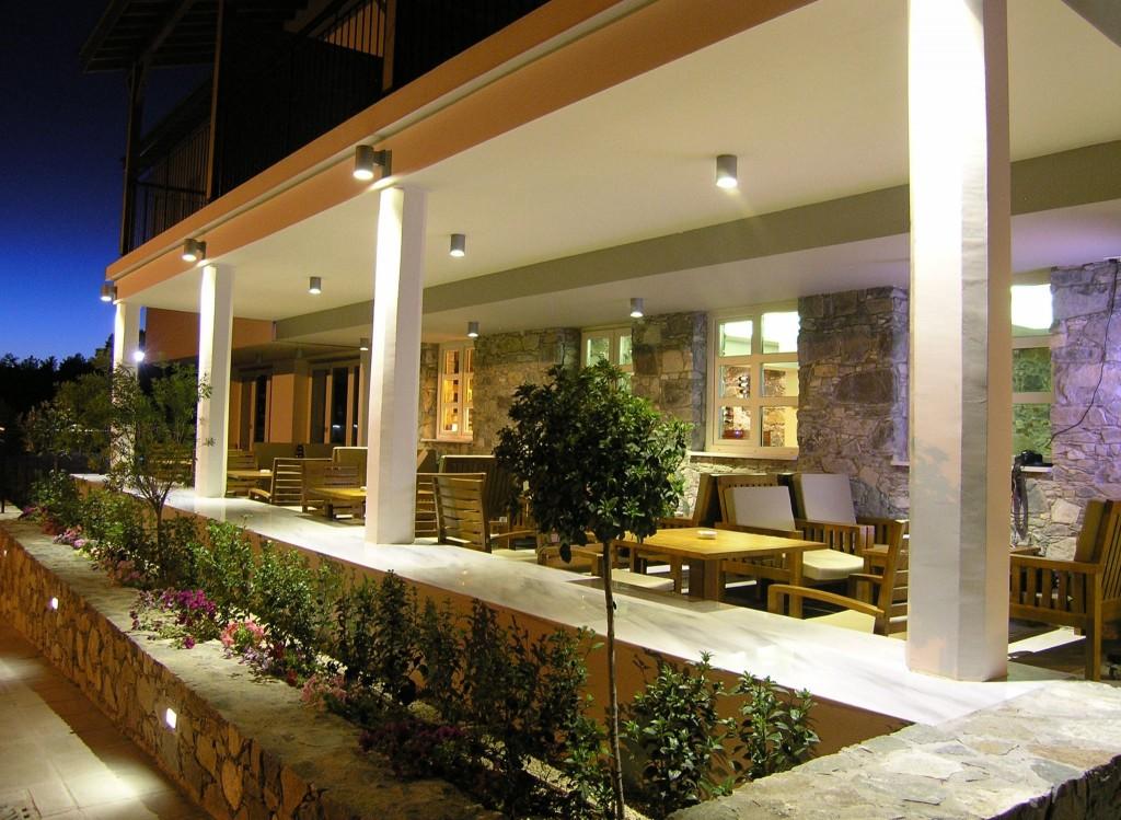 Отель Livadia