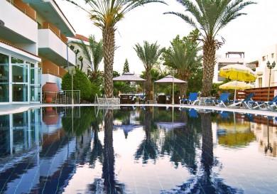 Moniatis Hotel