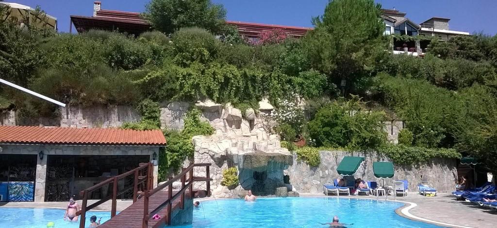 Отель Rodon