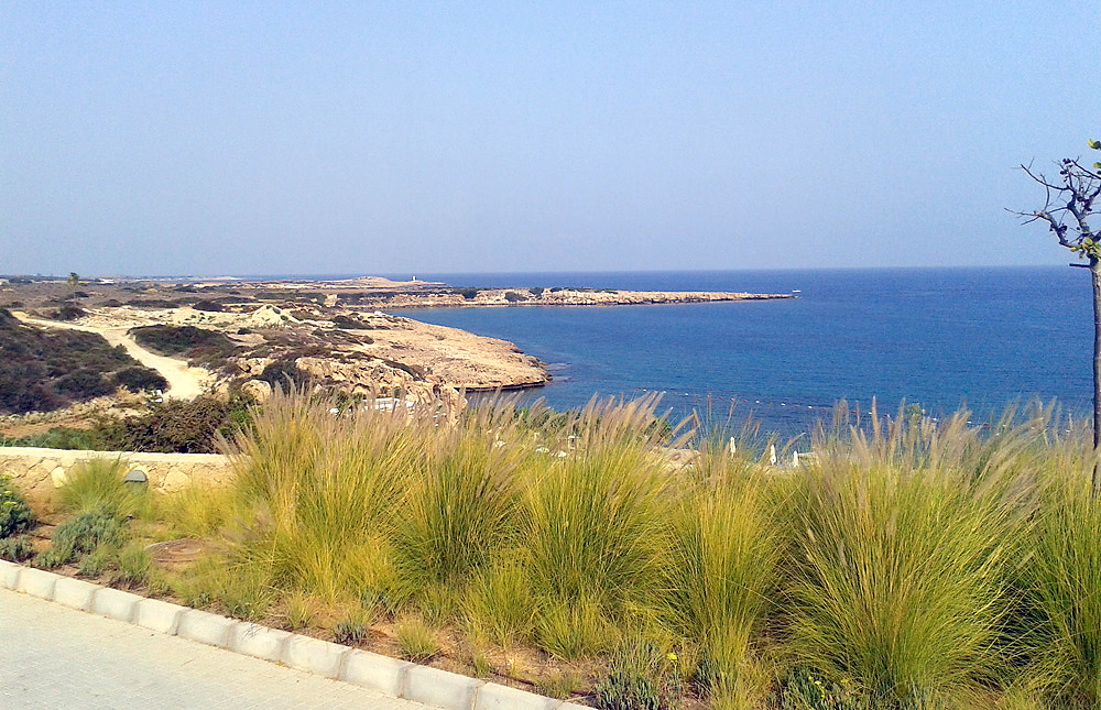 Дорога вдоль побережья