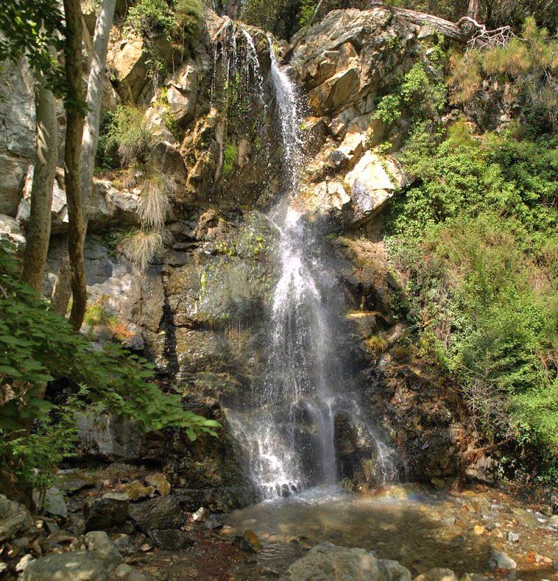 Каledonia Waterfalls