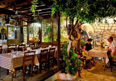 Skourouvinos Tavern