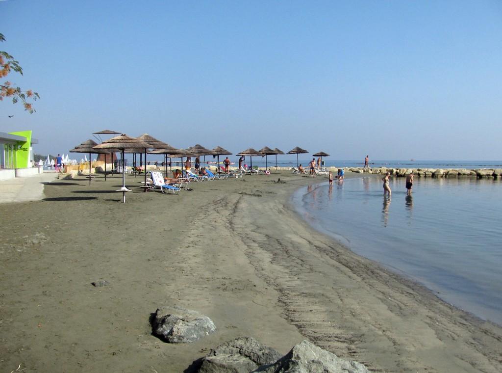 Пляж отеля Crowne Plaza