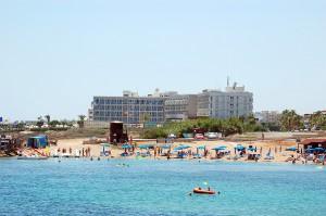 Пляж Golden Cost
