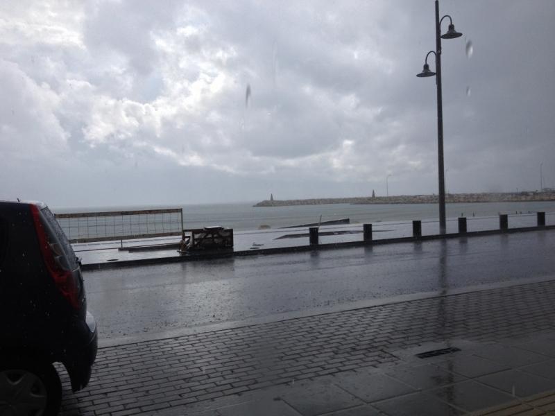 Дождь и гроза на Кипре