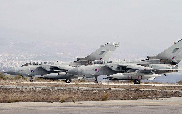 Авиабазой «Акротири» на Кипре