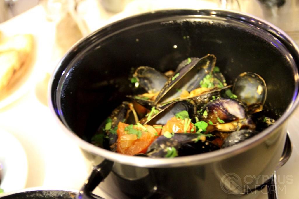 Adonis Meze - Mussels
