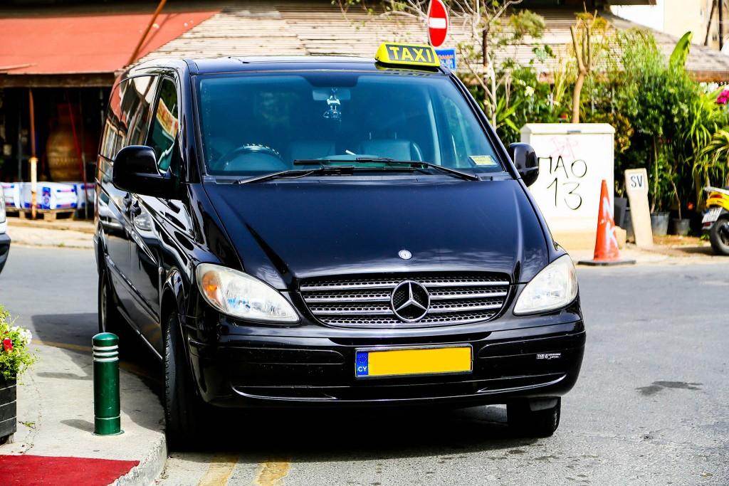Ilias Taxi