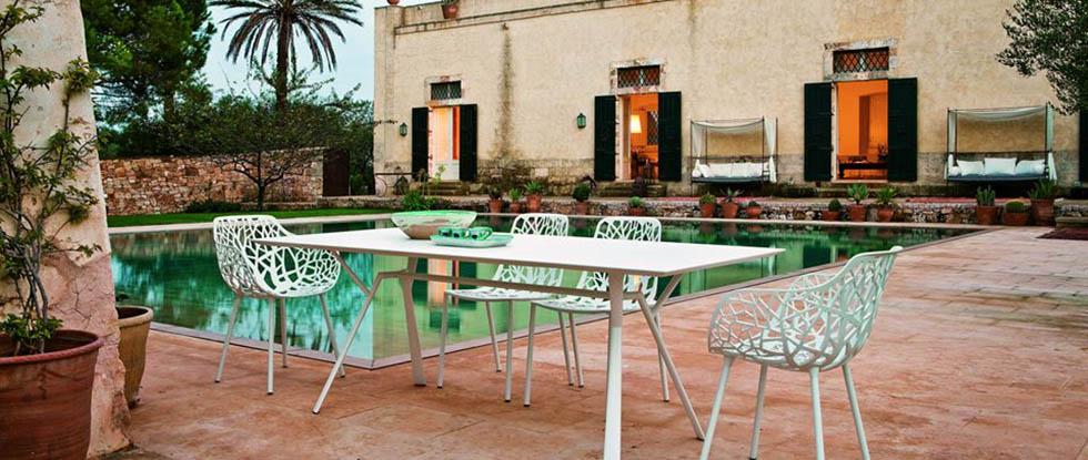 Seccom Ltd: стулья и столы на Кипре