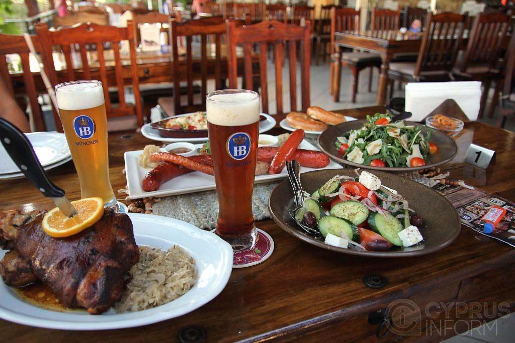 BEER & BEER — Hofbräu