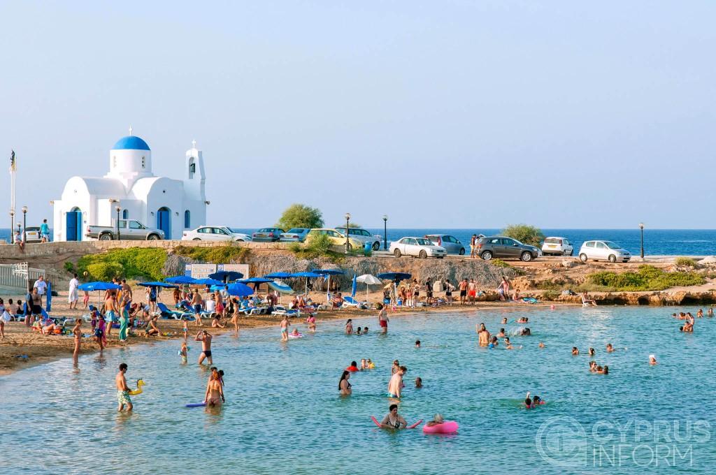 Пляж Лума в Протарасе