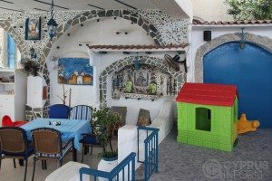 Mangas Tavern