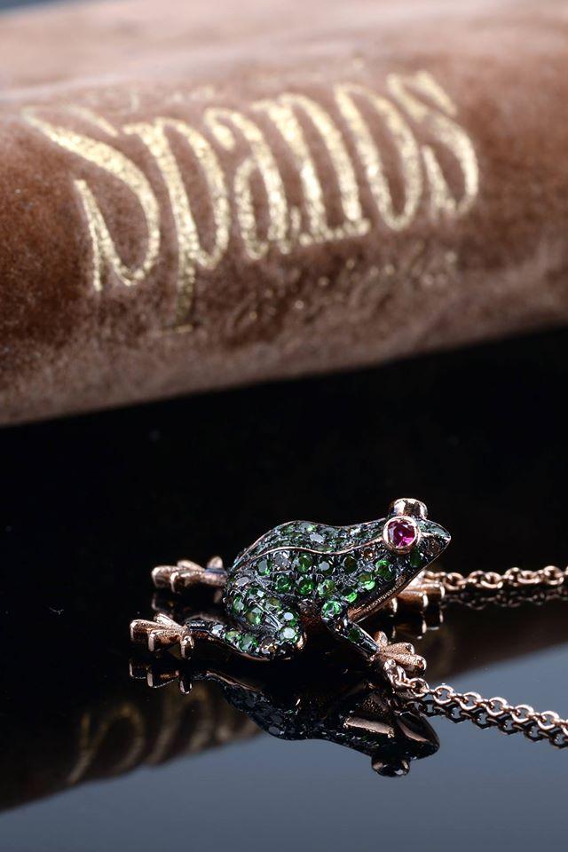 Spanos Fine Jewellery - suspension