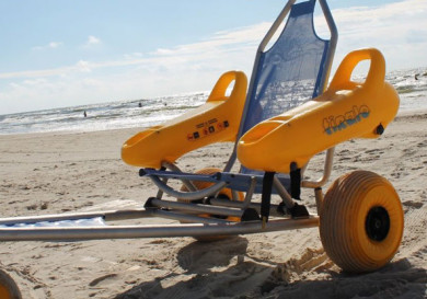 Пляжное кресло-коляска