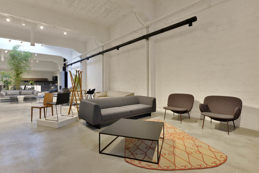 Mobhaus design store furniture in cyprus for Designer furniture warehouse