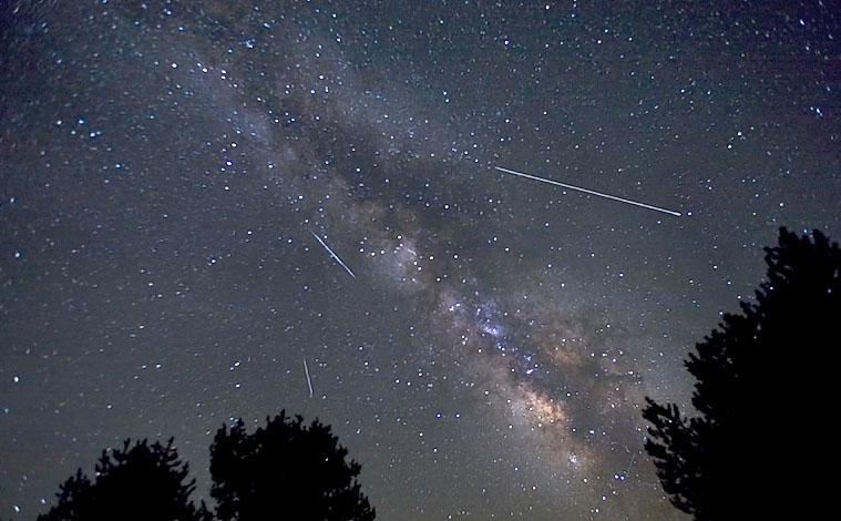 meteornyiy-potok-liridyi