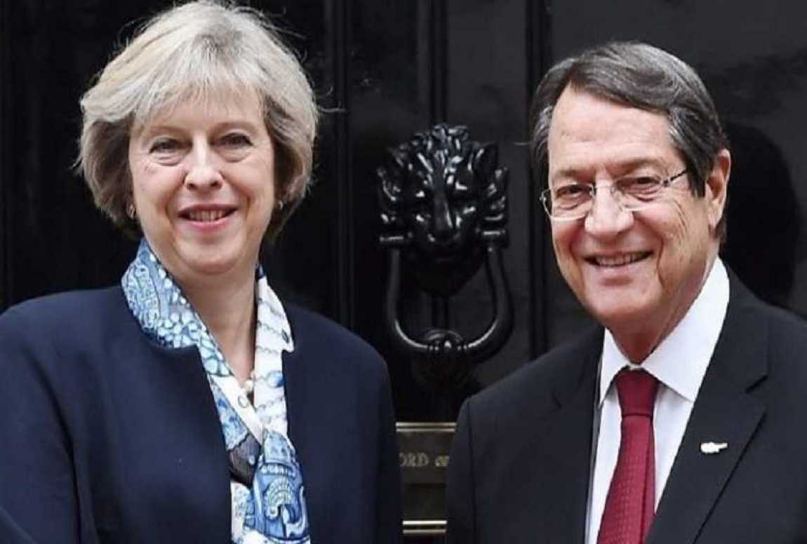 theresa-may-and-nicos-anastasiades