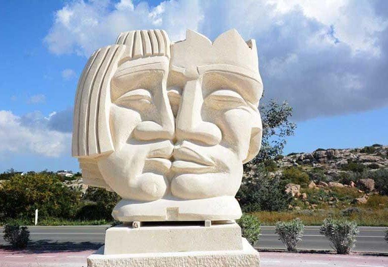 novye-skulptury-ayya-napa